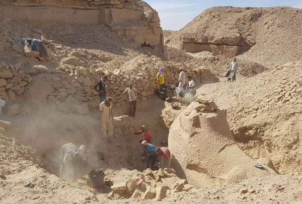 Ancient Egypt: 3400 Year-Old Sphinx Uncovered