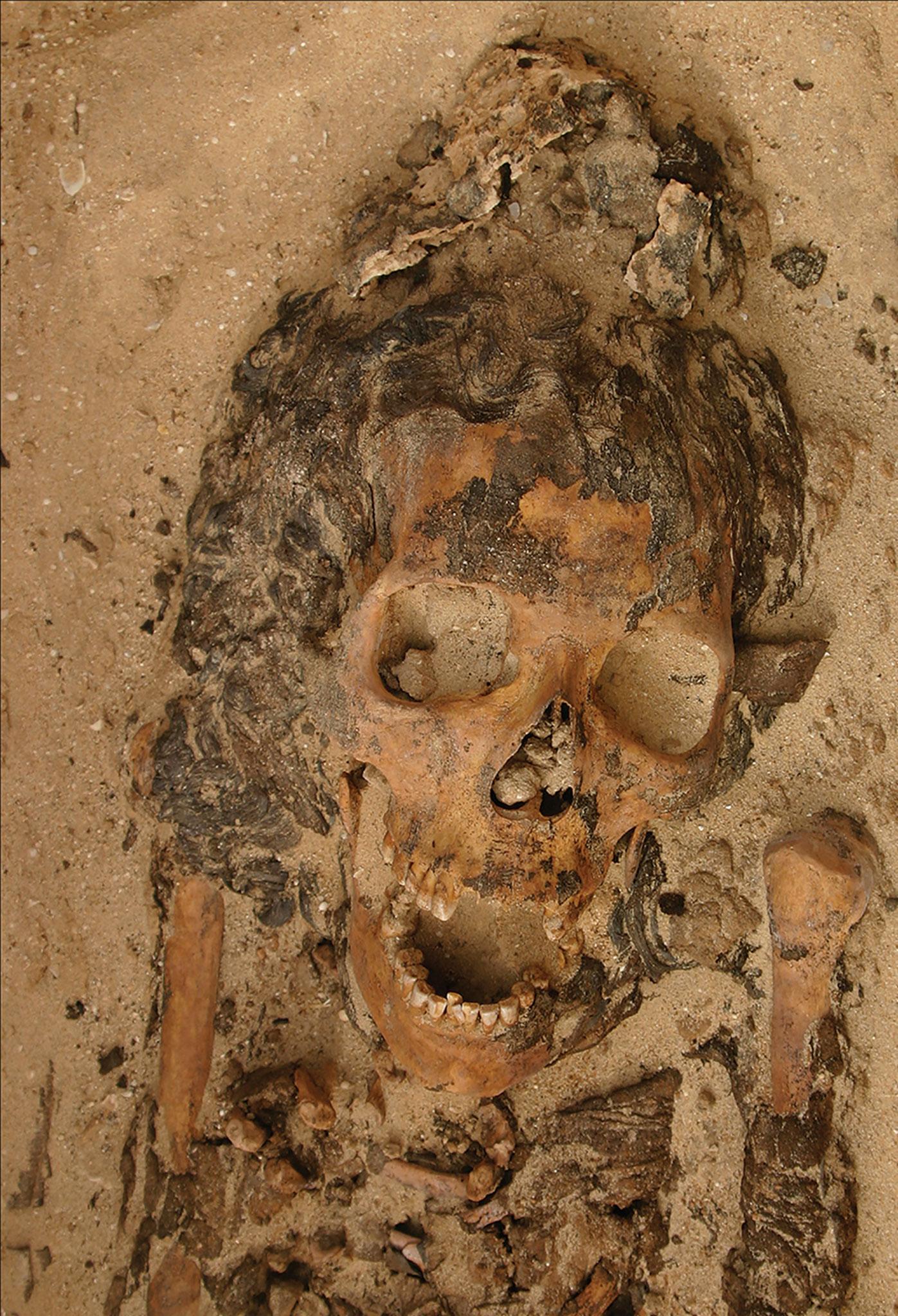 egyptian-head-cones-mummy
