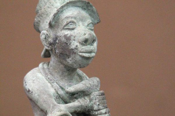 Nigeria Bronze sculpture statue 1